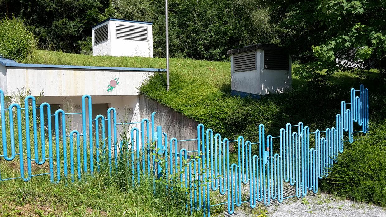 Tor vor dem Trinkwasserspeicher Sandriegelweg